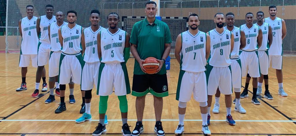 أخضر السلة يواجه الكويت غداً في افتتاح البطولة الخليجية