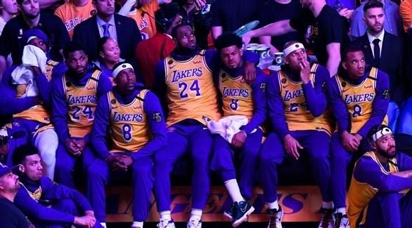 تكريم مهيب لأسطورة كرة السلة في ناديه لوس أنجلوس ليكرز