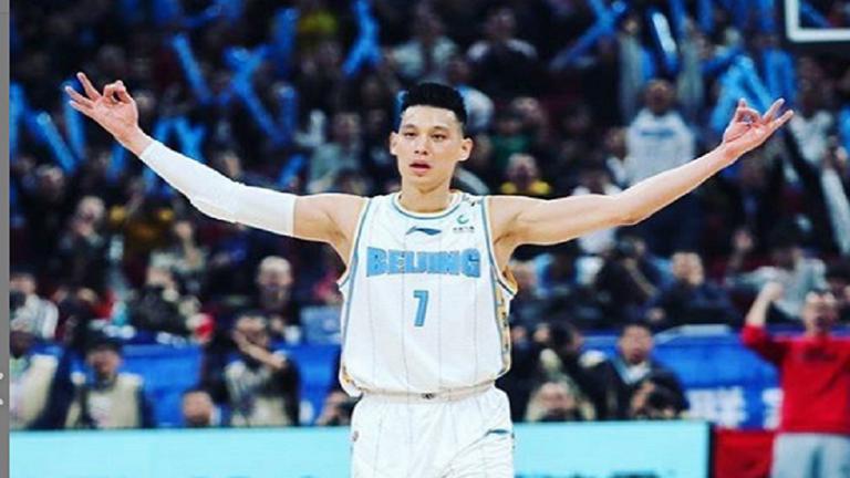 اللاعبون الأجانب يعودون للصين استعدادا لانطلاق الدوري الصيني لكرة السلة