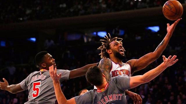 عصابة نسائية تسرق ( مجوهرات ) نجم  NBA
