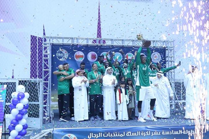 أخضر السلة يتوج بـ البطولة الخليجية